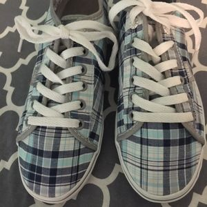 New Vans plaid sneakers, size 7